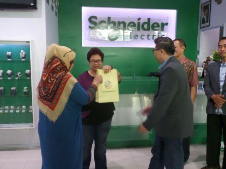 Scheneder2